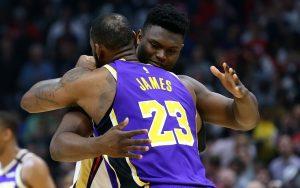 NBA, Zion schiaccia, LeBron risponde segnando da metà campo
