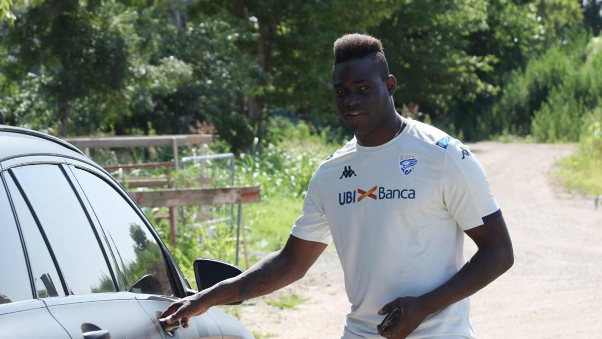Brescia, primo allenamento con la squadra per Balotelli